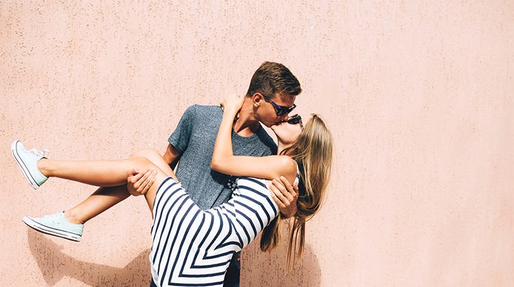 专业爱情测评(女性版):情侣要相似还是互补?你的性格告诉你答案